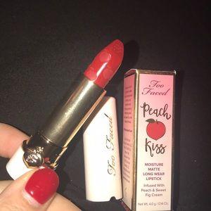 Too Faced Peach Kiss Lipstick ( He's With Me)BNIB